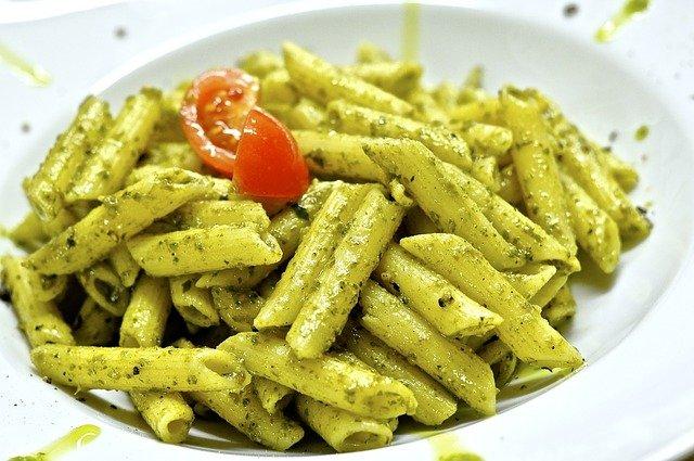 Nudeln Mit Pesto Genovese Rezept Kochrezepteat