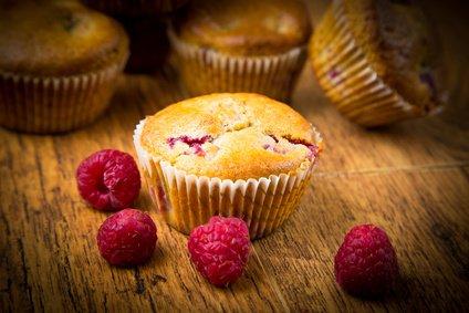 Himbeer Muffins Mit Buttermilch Rezept Kochrezepte At