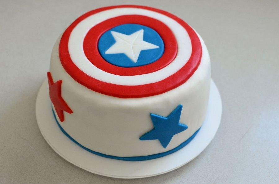 Captain America Torte Rezept Kochrezepte At