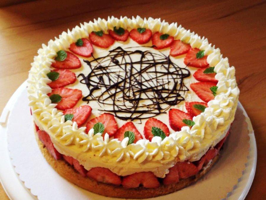 Erdbeer Mascarpone Topfentorte Rezept Kochrezepte At