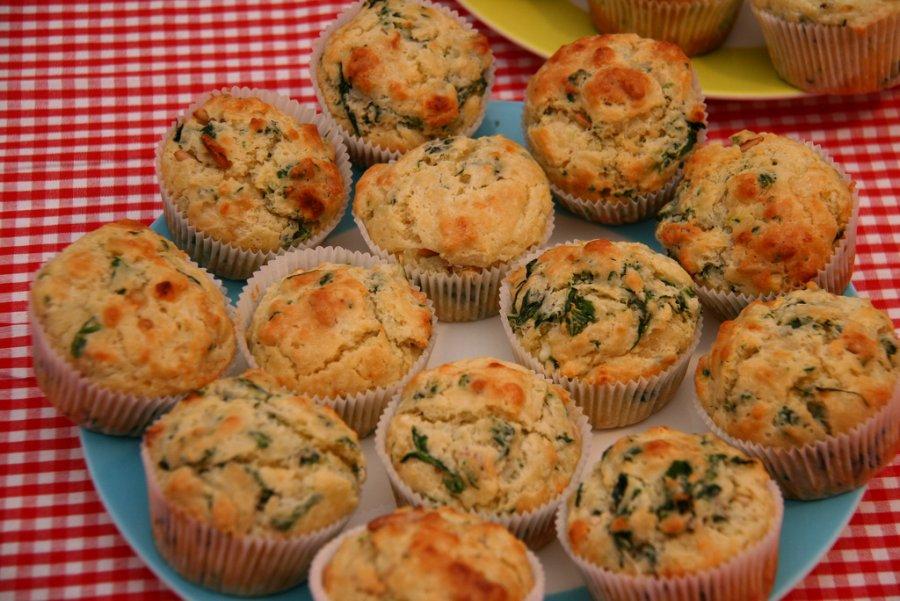spinat muffins mit ricotta rezept. Black Bedroom Furniture Sets. Home Design Ideas