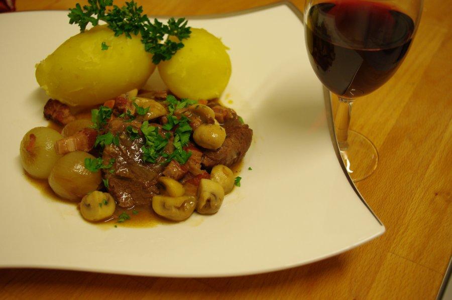 Leichtes Boeuf Bourguignon mit Champignons - Rezept ...