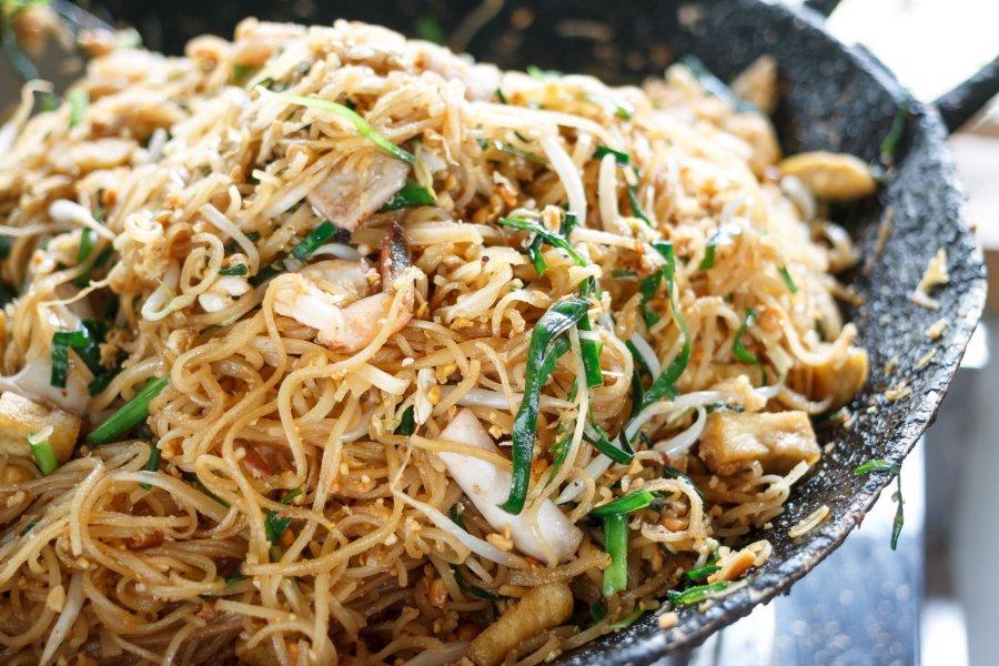 gebratene nudeln pad thai - rezept | kochrezepte.at - Thailändische Küche Rezepte