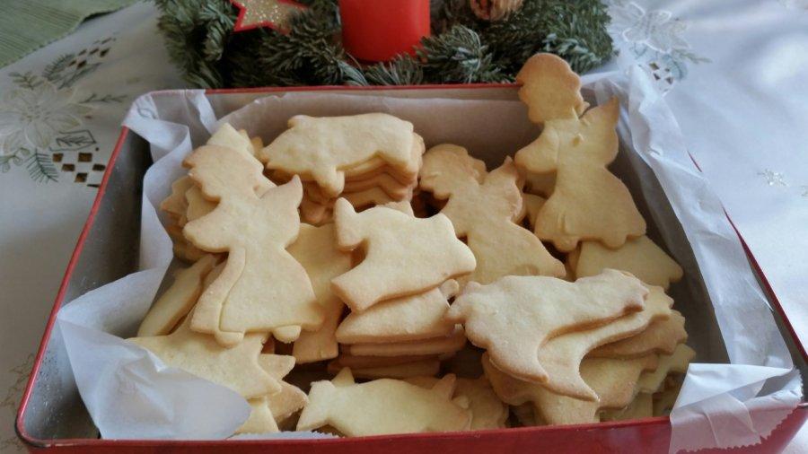 Weihnachtskekse Leicht.Oma S Einfache Weihnachtskekse